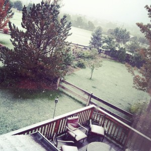 snow in october highlands ranch co
