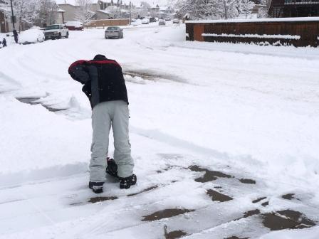 Highlands Ranch CO snow shoveling